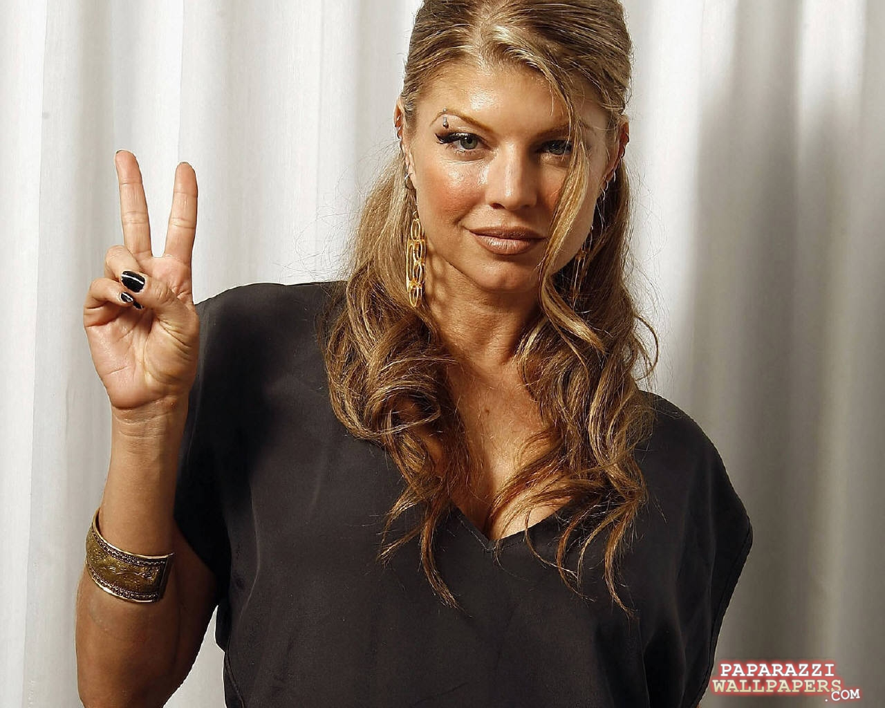 fergie black eyed peas wallpapers 023