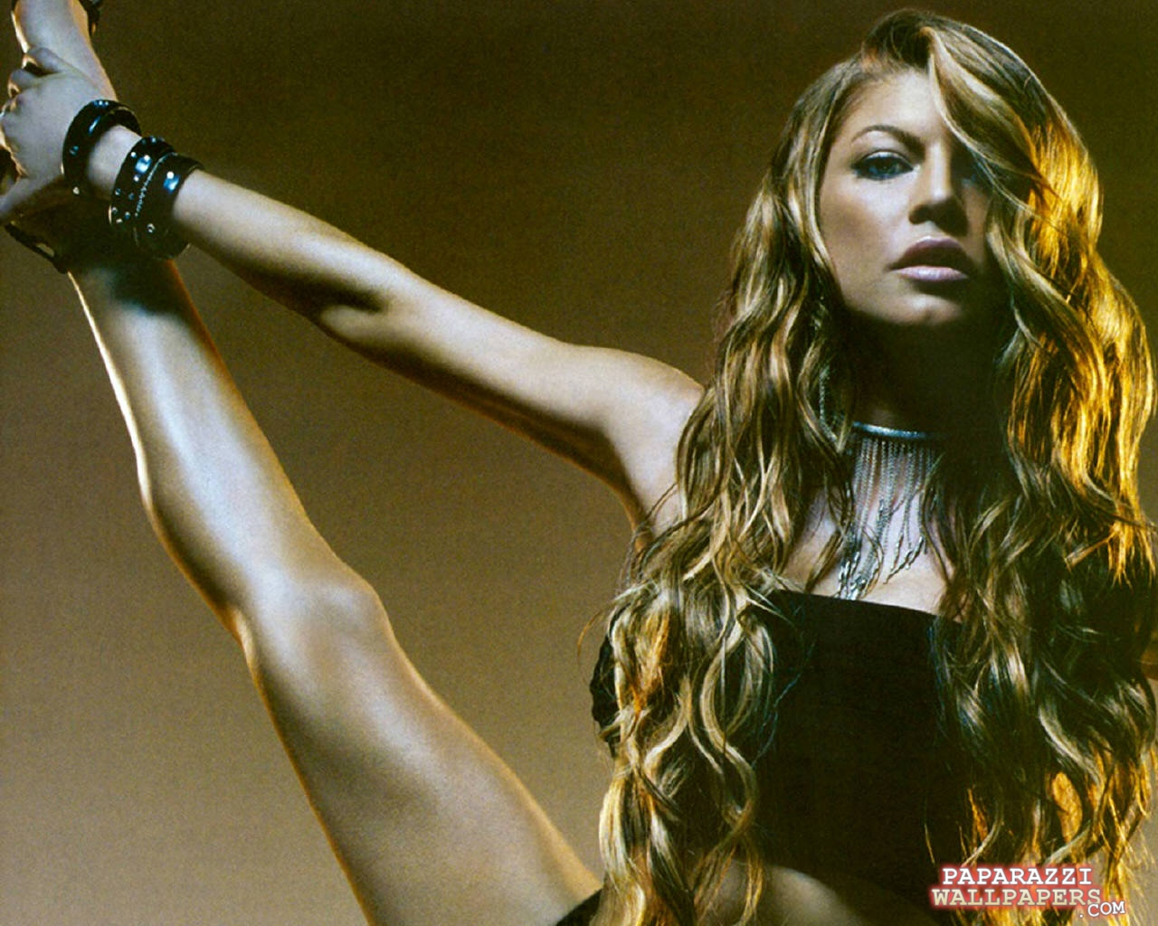 fergie of black eyed peas wallpapers 010
