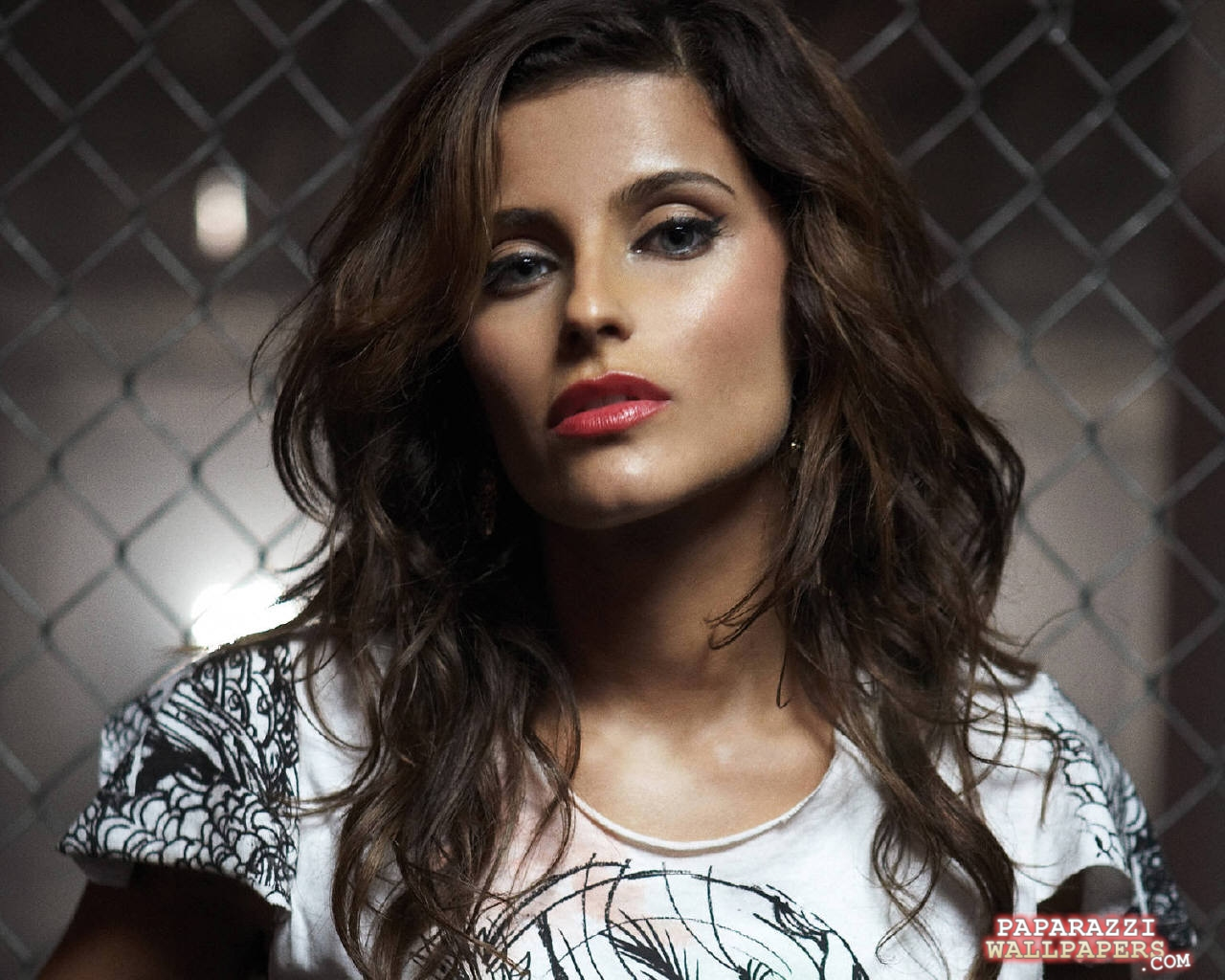 http://www.paparazziwallpapers.com/data/media/19/nelly_furtado_wallpapers_016.jpg