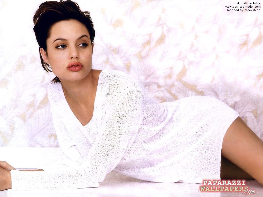 angelina jolie wallpapers 019