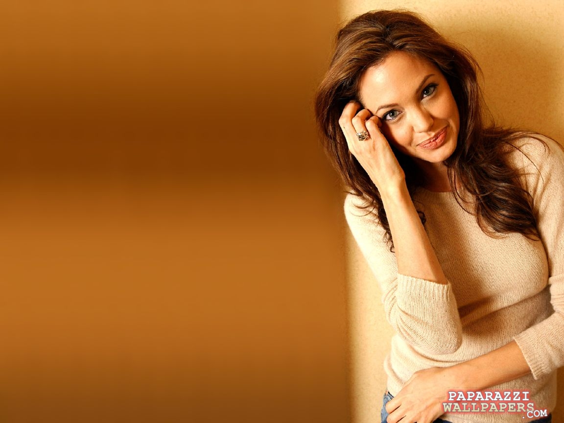 angelina jolie wallpapers 039