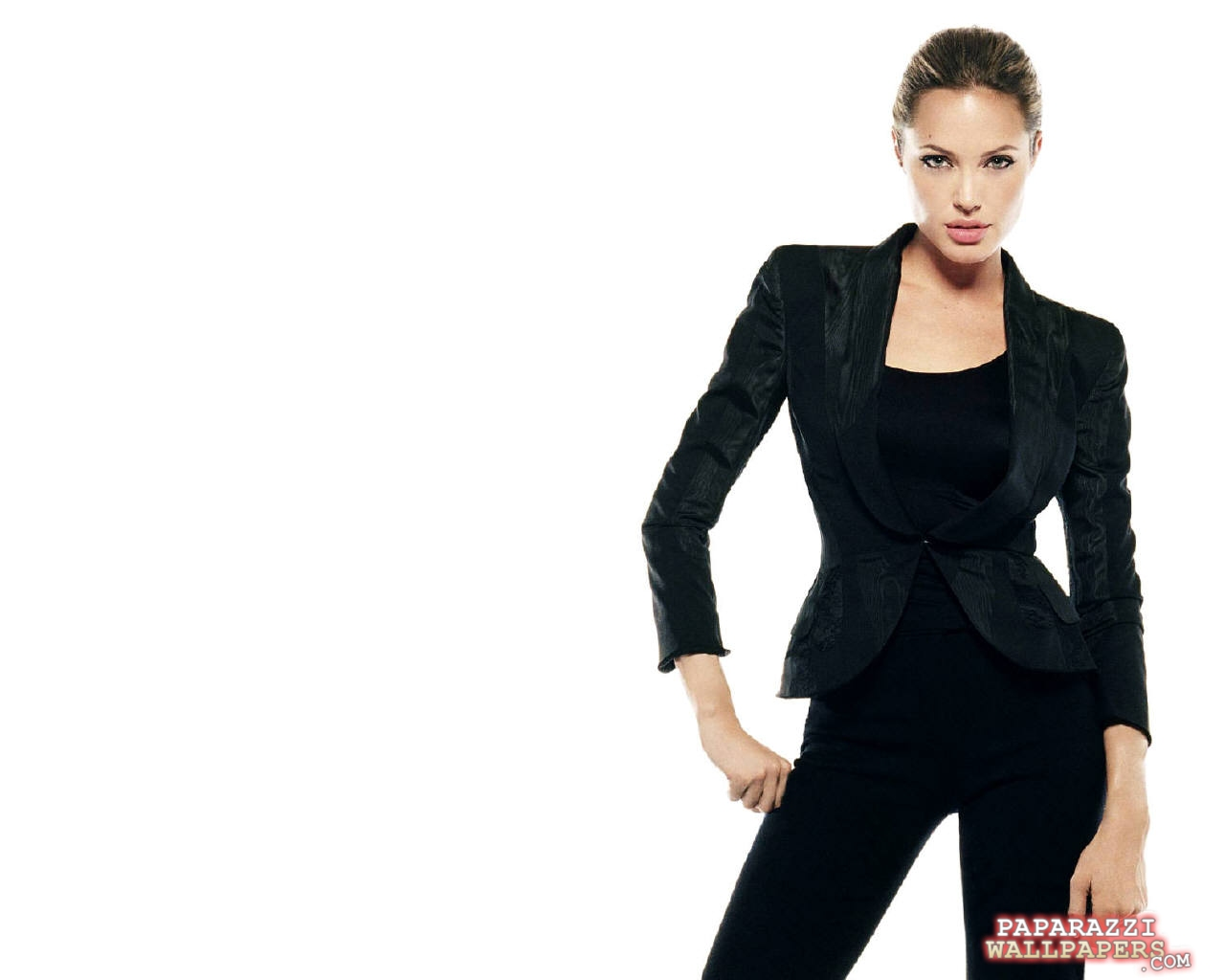 angelina jolie wallpapers 090