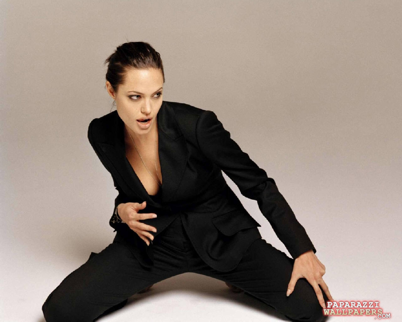 angelina jolie wallpapers 093