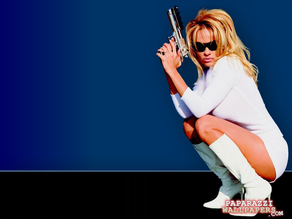 pamela anderson wallpapers 008