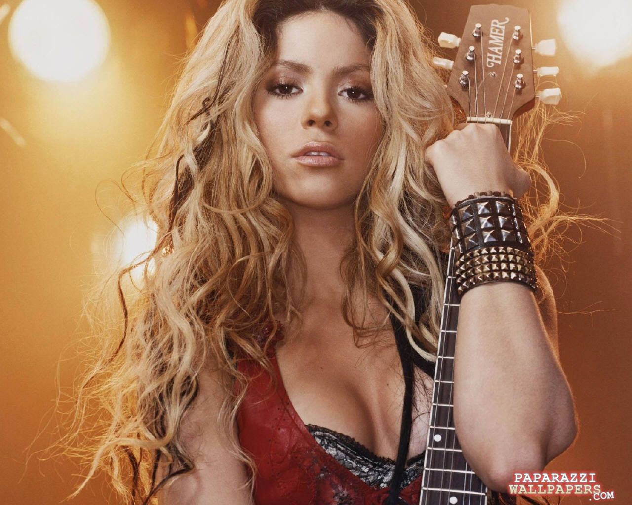 Home / Shakira / shakira wallpapers 022