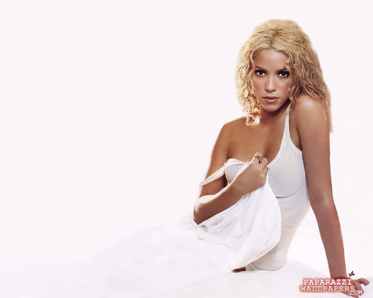 shakira wallpapers 030