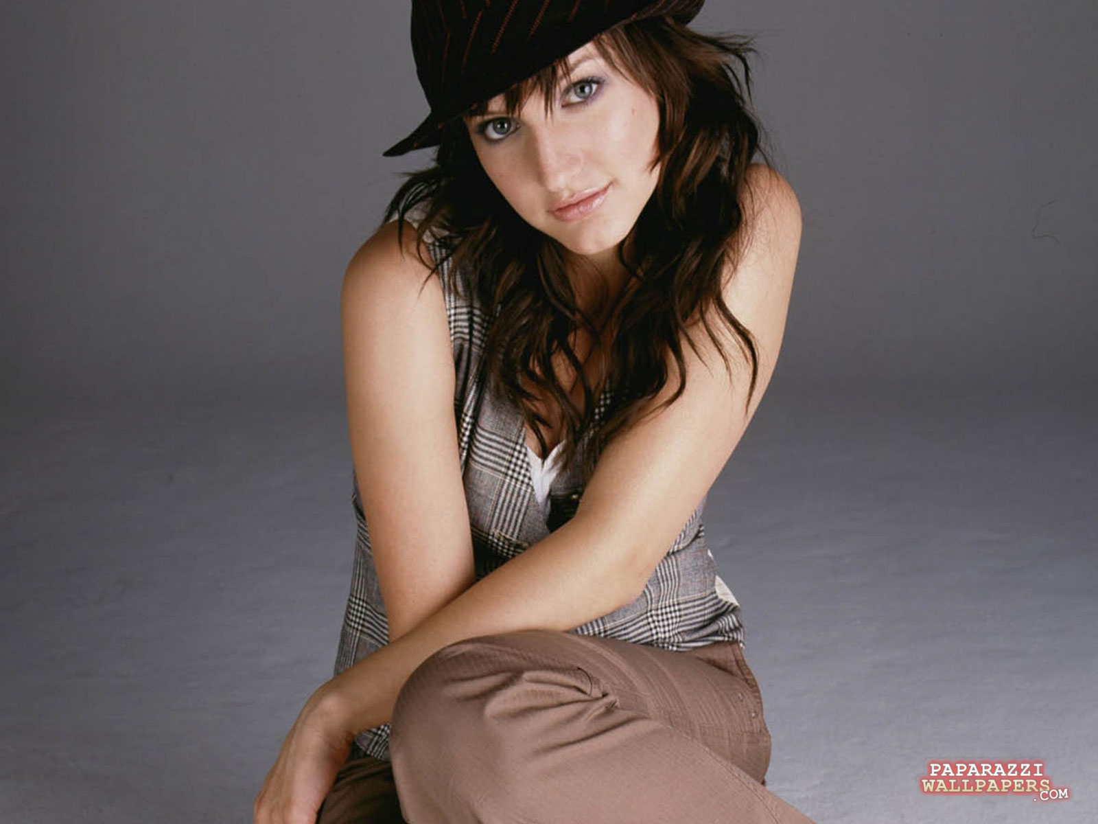 ashlee simpson wallpapers 03