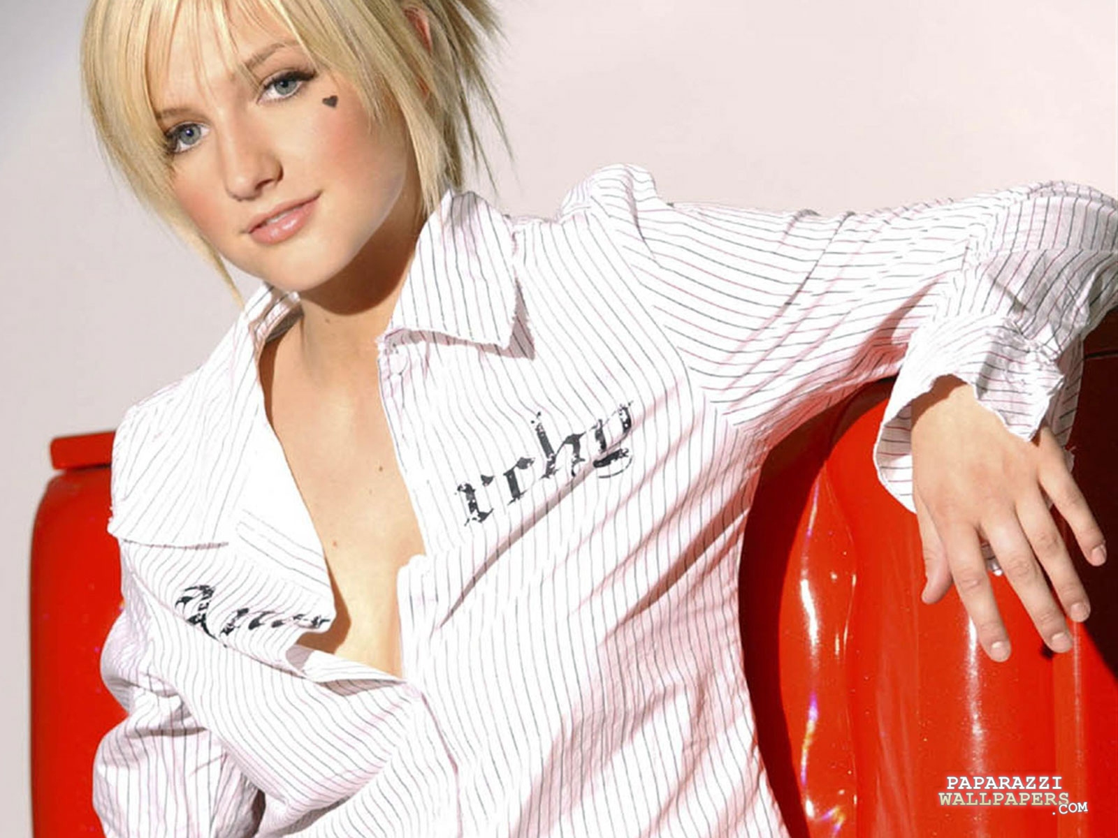ashlee simpson wallpapers 14